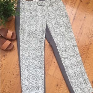 Eleveses gray white lace cropped pants Sz 6